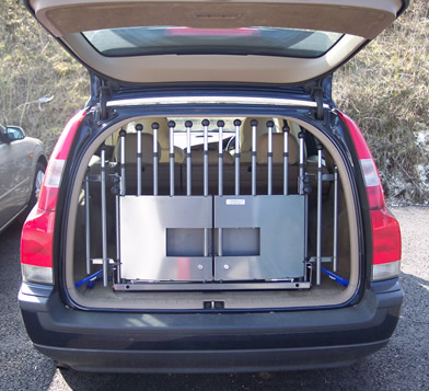 Volvo V70 with tailgate
